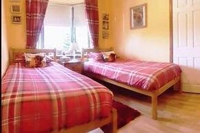 the highlander room_edited.jpg