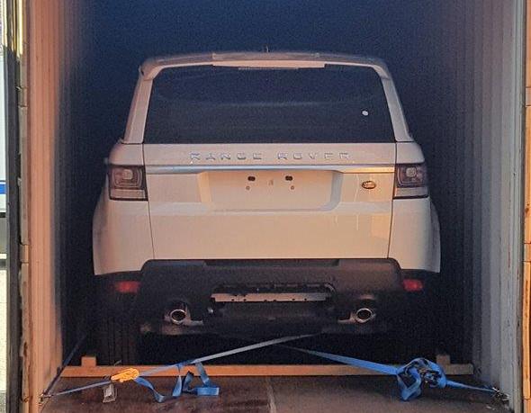 Orcos logistics - Fos - Empotage de voitures