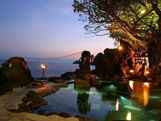 古里温泉水中照明