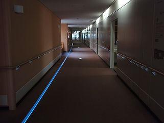 金沢大病院 埋設 ライン照明