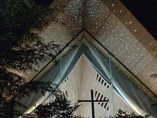 聖ユニファーチャペル 星空照明