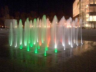 サンポート高松水中照明