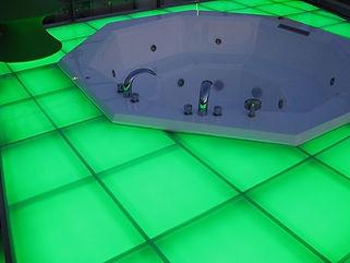 チップタワー浴槽 埋設 ライン照明