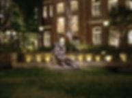 丸の内パークビル 中庭 噴水照明 アッパー照明