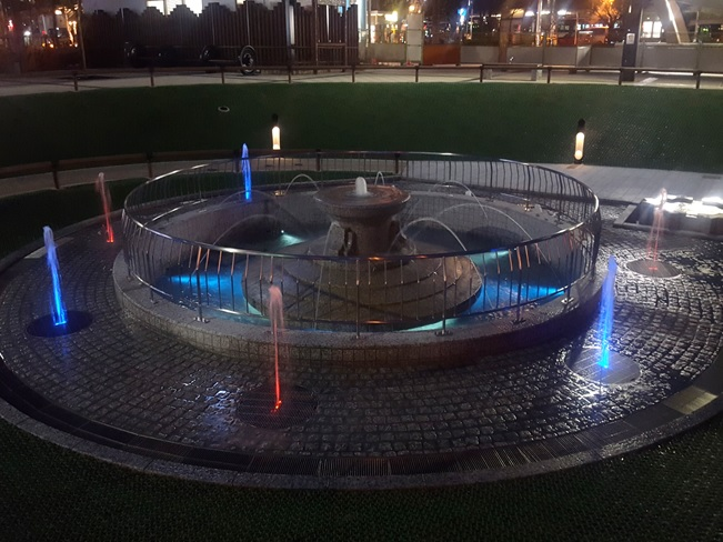 大垣駅前公園