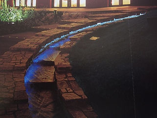 遊歩道 水中ライン照明
