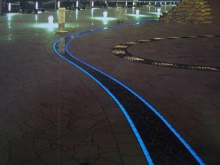 晴海トリトンスクエア 埋設 ライン照明