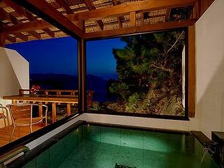 堂ヶ島ホテル天遊 客室露天風呂水中照明