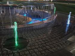 大垣駅前公園 直上噴水
