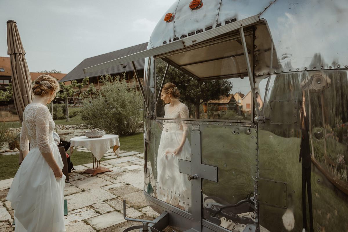 Mariage chignon bas torsadé (Coiffeur à domicile mariage Strasbourg)