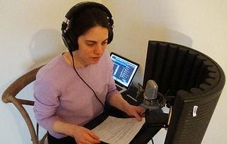 Kate in studio l.jpg