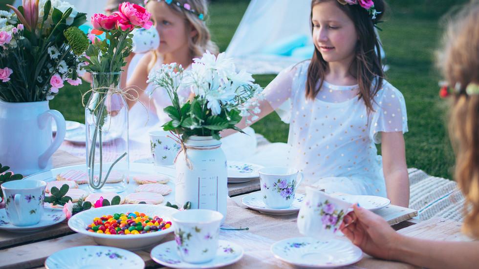 picnic-table.jpg