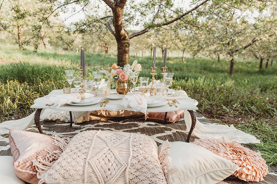 romantic-picnic.JPG