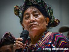Daniel Cima para CIDH, 2017  Lideresa indígena Maya Quiché en reunión con una delegación de la CIDH durante la visita in loco a Guatemala.   Exhibición permanente. Colección CIDH.