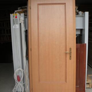 Uşă lemn masiv de interior plină
