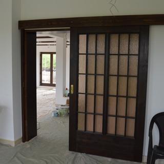 Uşă lemn masiv de interior glisantă