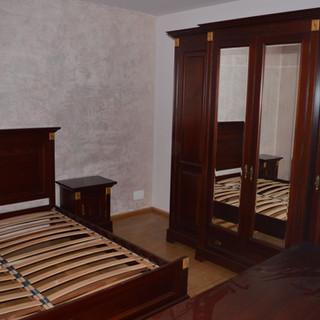 Corpuri lemn masiv dormitor