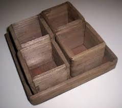 Tavă lemn cu 4 cutii pătrate