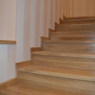 Trepte, contratrepte şi plintă lemn