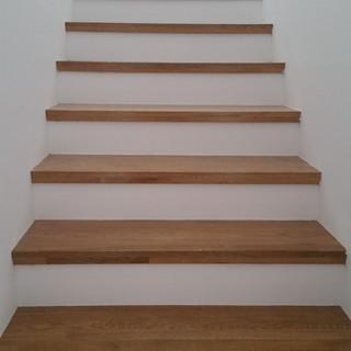 Scară lemn cu trepte