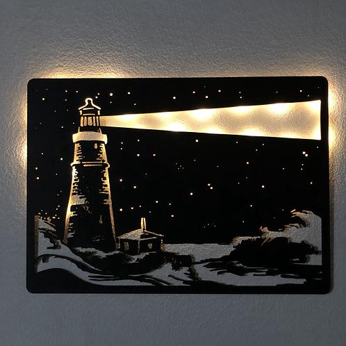 Faro y Casa con luz