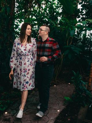 Романтическое свидание в ботаническом саду в Киеве