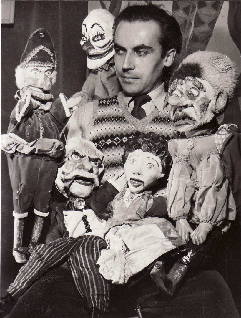 Miles Lee Selected Puppets 1952.jpg