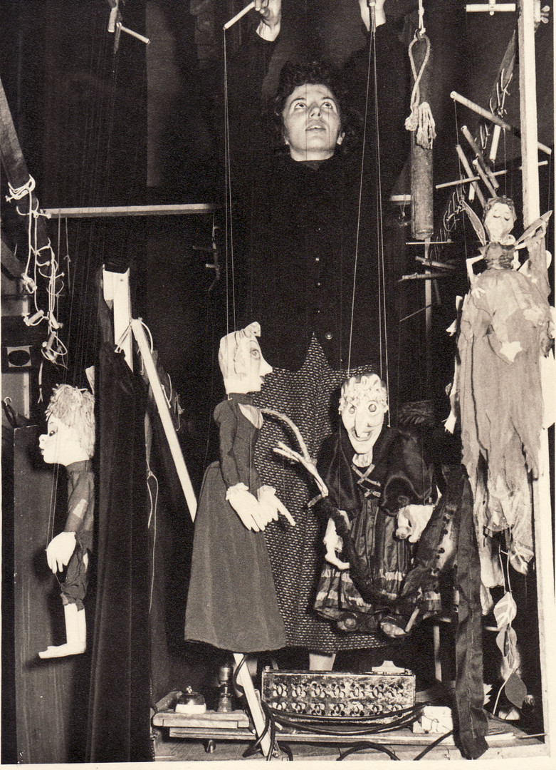 Backstage Hansel & Gretel 1956.jpg