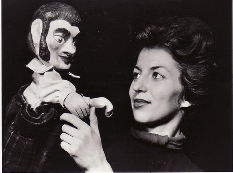 Olivia Hopkins & Hector 1952.jpg