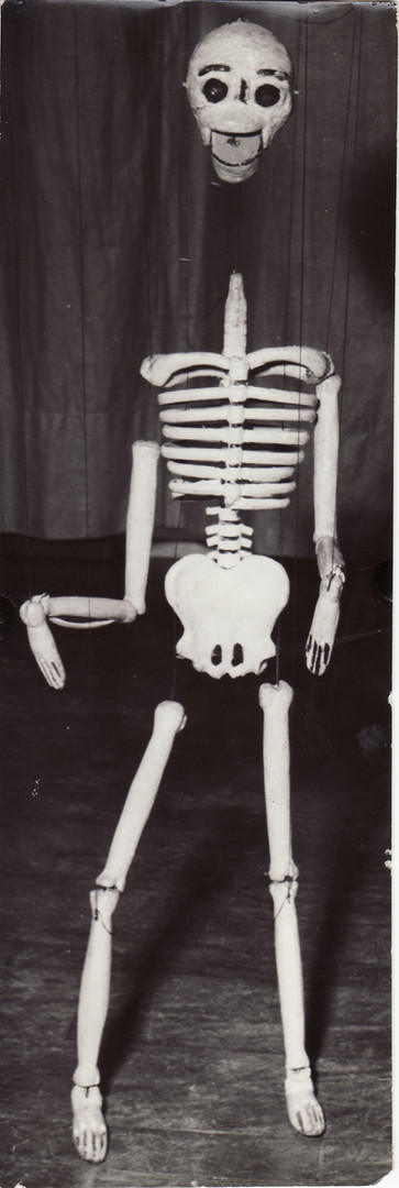 Old Marionette Skeleton 1952.jpg