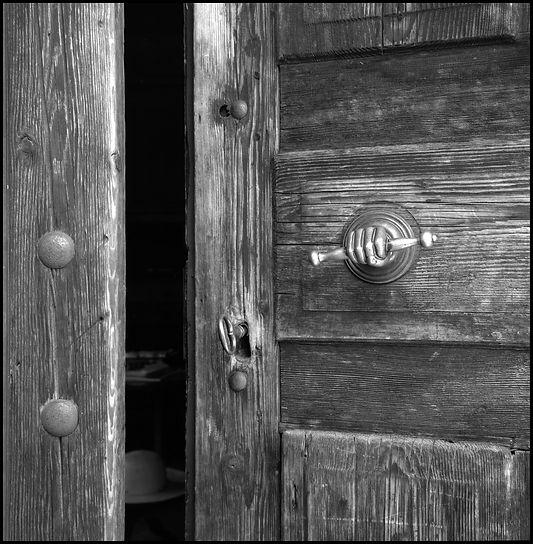 Yannick Michel photographie, yannick michel photographe, yannick michel auteur photographe, tirage argentique baryté, tirage noir et blanc argentique, blackandwhitekorner, photographie noir et blanc, yannick michel