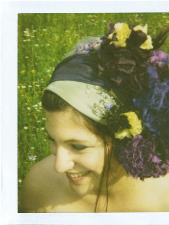 Kopftücher mit Seidenblumen