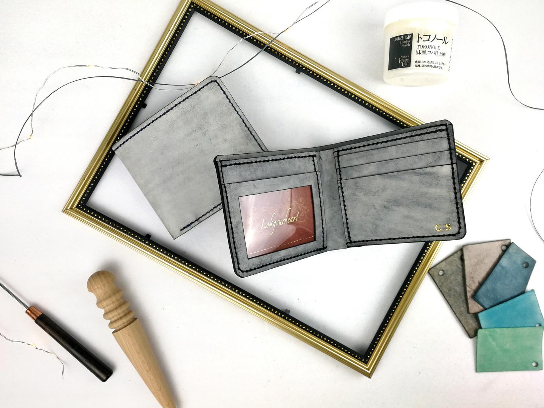 《MULTIPLE銀包》 可能係世界上最大容量2摺銀包