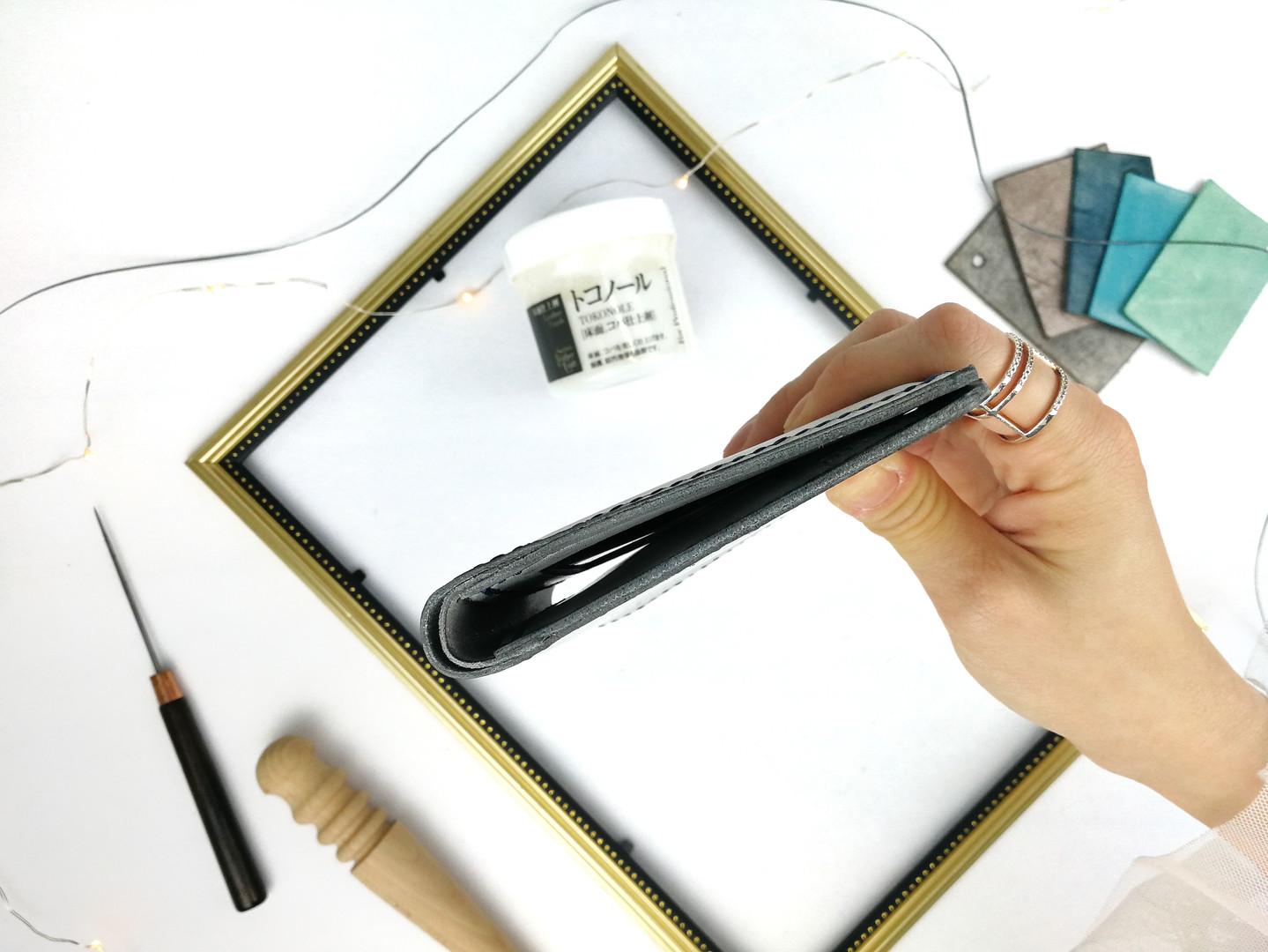 意大利皮革 經典兩摺短銀包