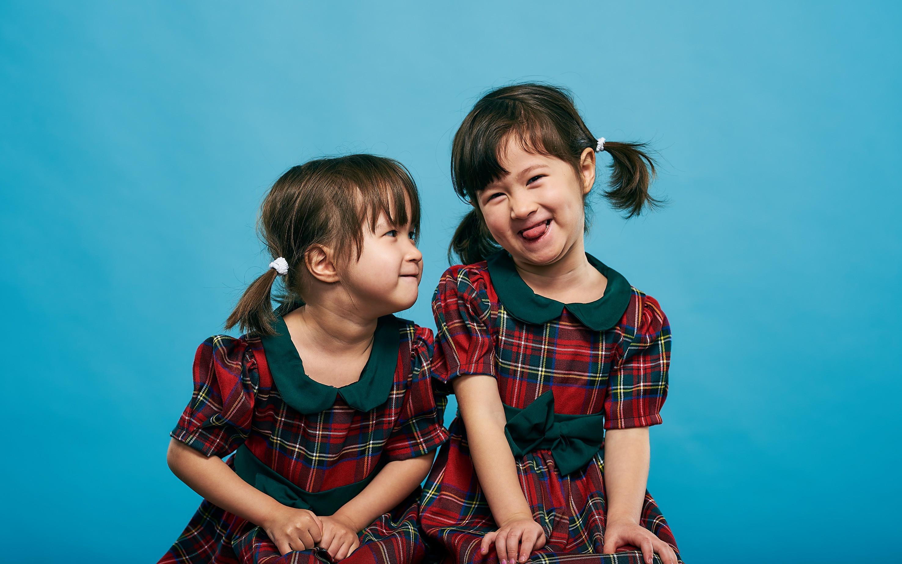 School Photo Shoot - 2 Kids