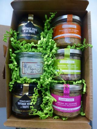 Pensez à commander vos cadeaux gourmands ...Don't forget your gourmet gifts ....