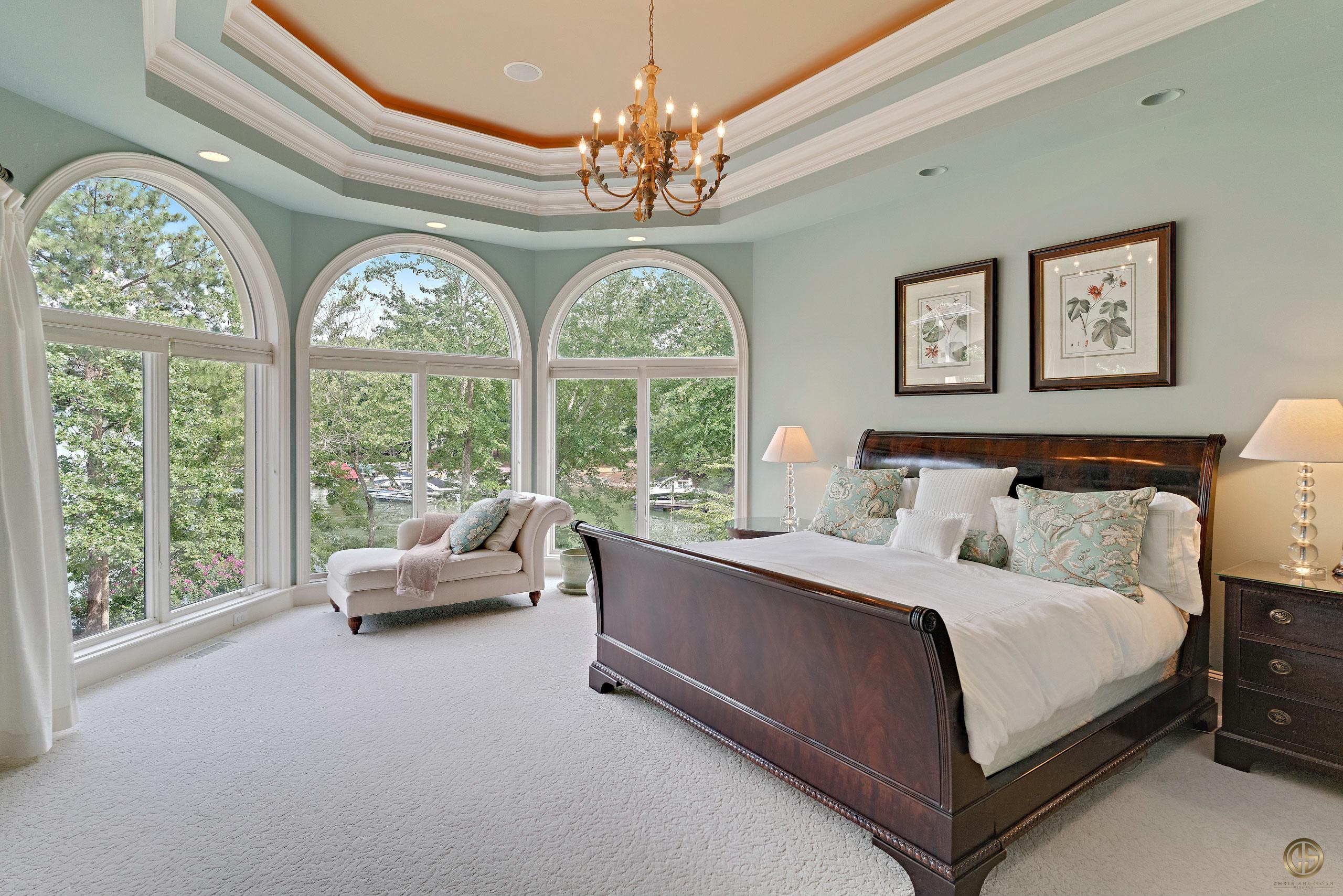Elegant Luxury Home Master Bed Photo