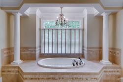 Elegant Master Bath Photo