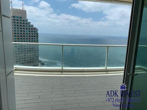 В новостройке Коралл в Нетании 4 комнаты с панорамным видом на море