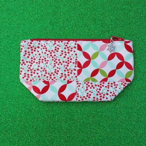 Notions Pouch - Red Starry Vines Four Patch