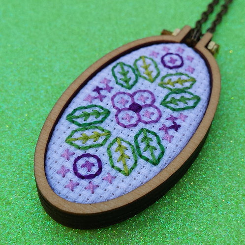 Floral Fields Necklace - Purple on White