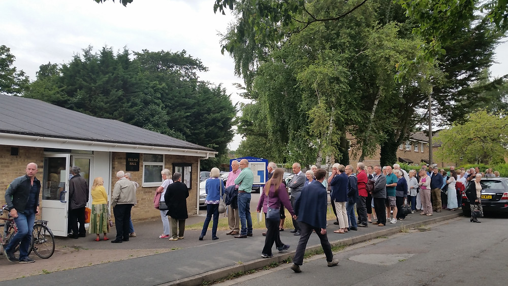 Residents queuing to enter Yarnton village hall, 13 July 2017