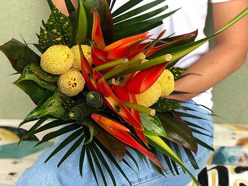 Round Amazon Bouquet - R61