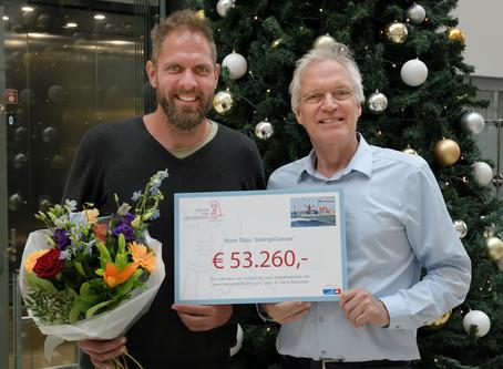 Mark Slats roeit en zeilt bijna € 100.000 bij elkaar voor Nederlands Kankerinstituut