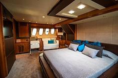 Yacht 86 2.jpg