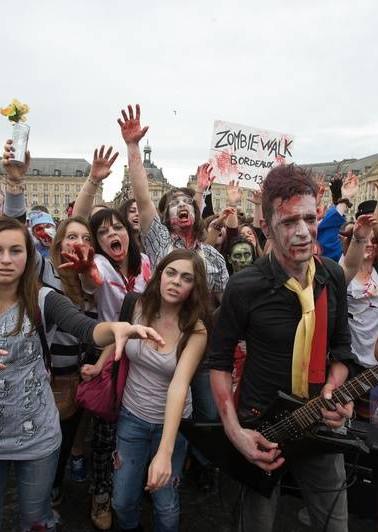 830x532_zombie-walk-elancera-place-victo