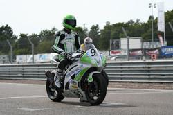 YAMAHA R6 - 600 Supersport 2013