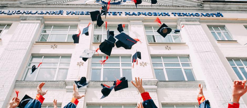 Ukończenie szkoły w USA - impreza po amerykańsku