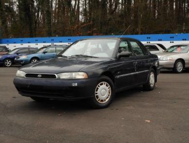 subaru legacy stare auto amerykańskie
