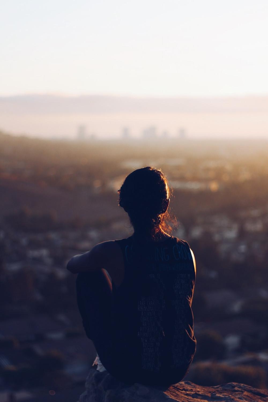 kobieta widok miasto